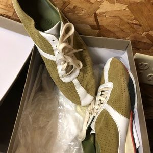 Cole Haan sneakers. Grn Shade goes w many colors